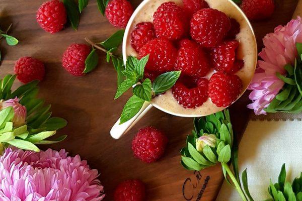 smart collagen smoothie raspberries
