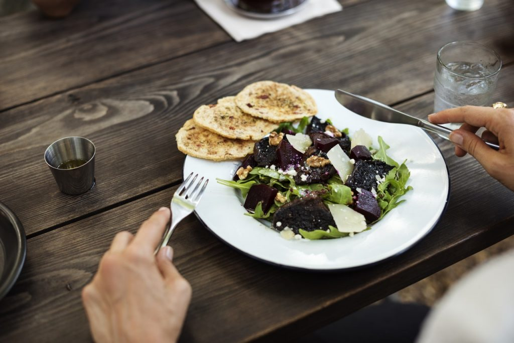 храни за здрава кожа и балансирани хормони