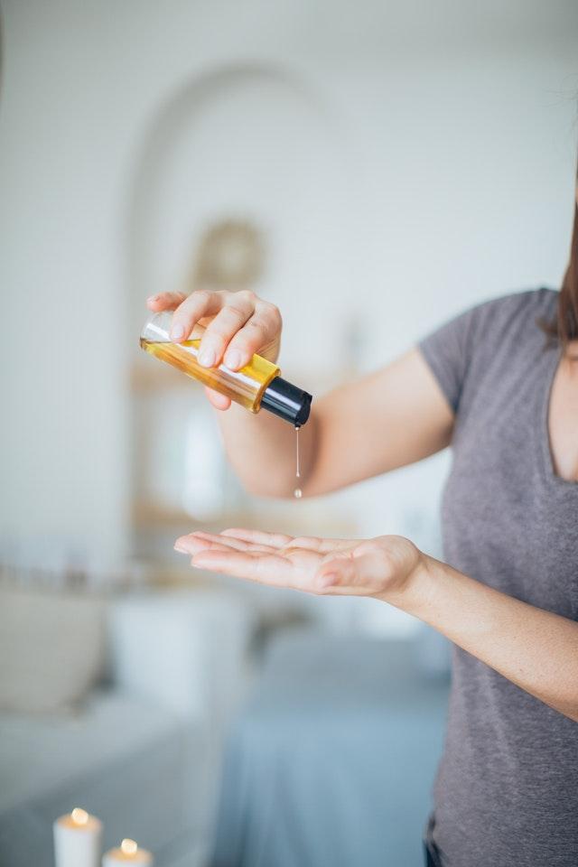massage oils hands